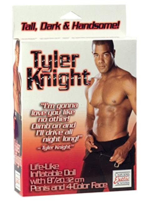 Tyler Knight
